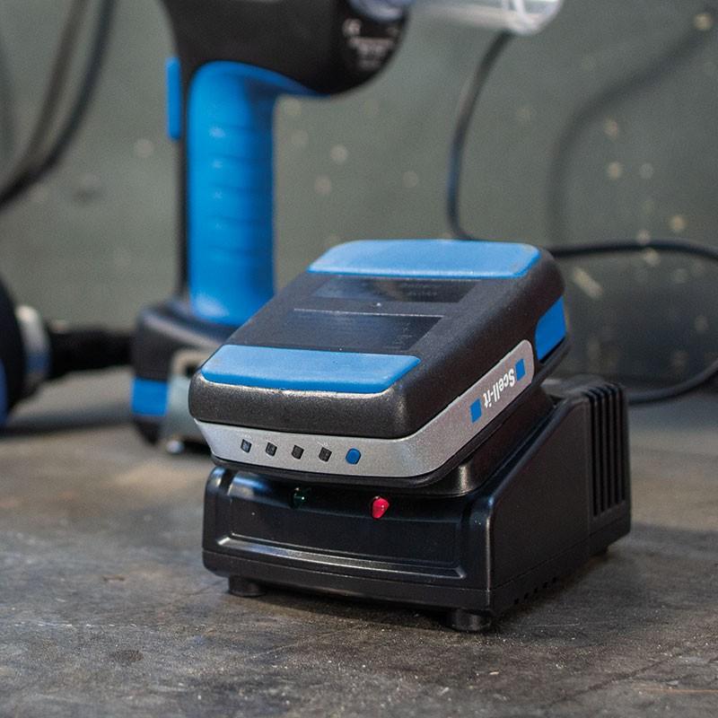 Riveteuse sur batterie ELEMENT pour rivets aveugles étoilés Ø5,2 à 7,7mm